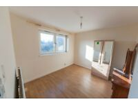 4 bedroom flat in Cleveland Way, Bethnal Green, E1