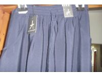 BRAND NEW WITH TAGS SIZE 8 LONG NAVY LIGHTWEIGHT SKIRT
