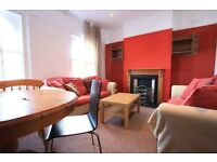 MUST SEE 3 BED FLAT IN STREATHAM SW16