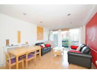 *** Exceptionally stylish top floor flat with a private balcony, Brook Lodge, Coolhurst Road, N8 ***