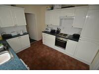 5 bedroom house in New Park Terrace, Treforest,