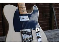 Fender Telecaster Classic Series 50s in White Blonde.