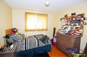 3 BDRMS (short term lease available) All female home near U of W Kitchener / Waterloo Kitchener Area image 7