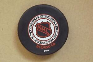 "FS: 1999 Maple Leafs Gardens ""CLOSING NIGHT"" Commemorative Puck London Ontario image 2"