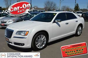 2014 Chrysler 300C AWD NAVI PANO ROOF LEATHER