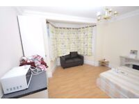 Spacious ground floor studio to rent in Newbury Park, Including Bills