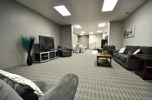 Luxury 1+Den - 1241 Sq.Ft!  In-suite laundry, 9 ft. ceilings Kitchener / Waterloo Kitchener Area image 5