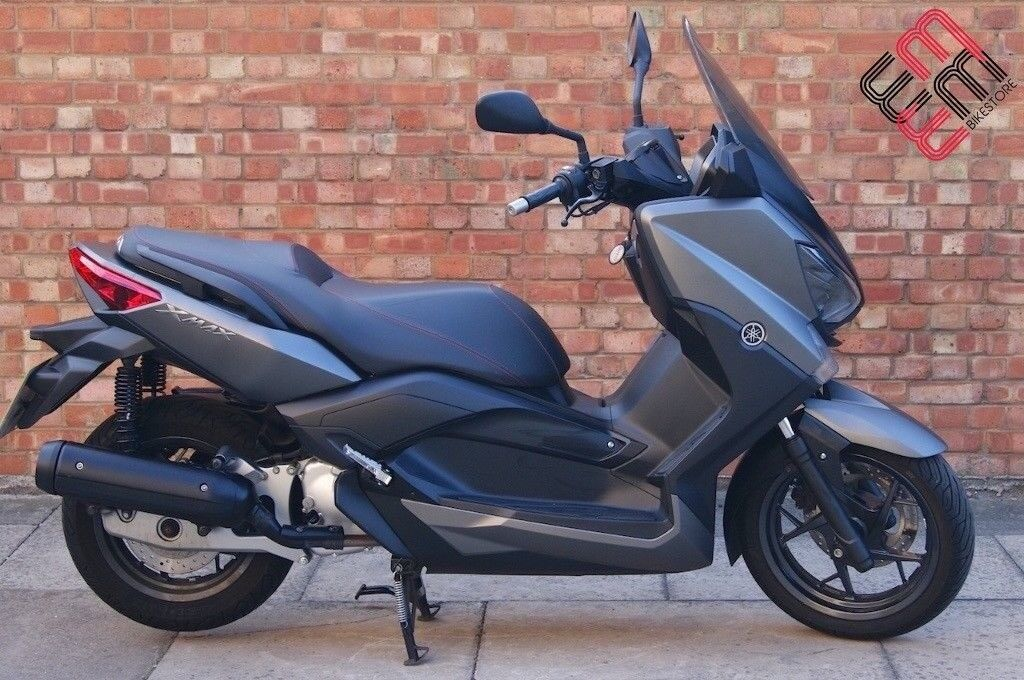 Yamaha XMAX 125, AS NEW, Sporty looks, only 866miles!