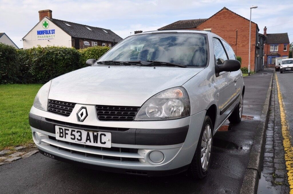 RENAULT CLIO 1.2 16V EXPRESSION 3DR PETROL ( PART SERVICE HISTORY)