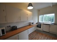 Double bedroom - Room to let - Shared house - Great location - Burton On Trent