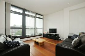Pentonvillle Road, two bed, two bath apartment with terrace, 4th floor with lift facility