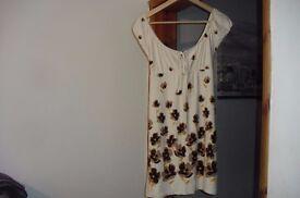 """DOROTHY PERKINS"" SIZE 14 CREAM/BROWN FLOWER PRINT SHORT DRESS"