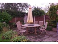 Solid Teak Garden Table & Chair Set C/W Seat Cushions and Parasol