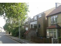 2 Bed Unfurnished 1st floor maisonette with garage Central Cambridge CB1 2RU