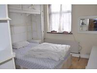 Single Room At plaistow