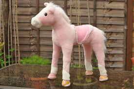 Childs Sit-on Toy Horse