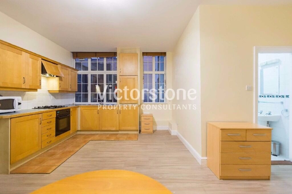 BIG STUDIO AVAILABLE FOR £280 PER WEEK OLD STREET - HOXTON