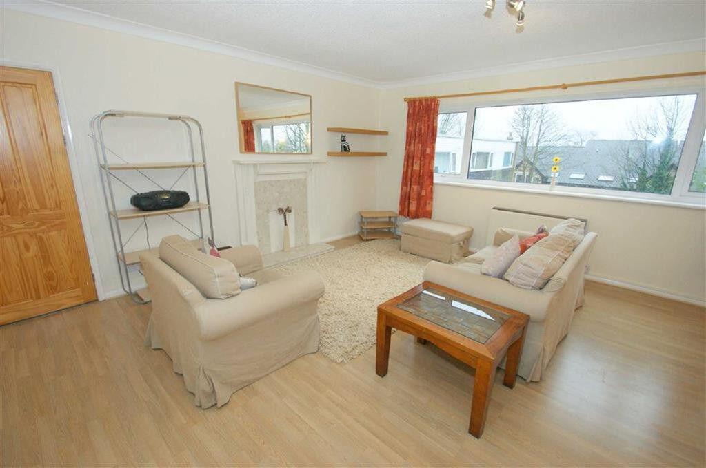 Huge 2 bedroom flat in Chigwell