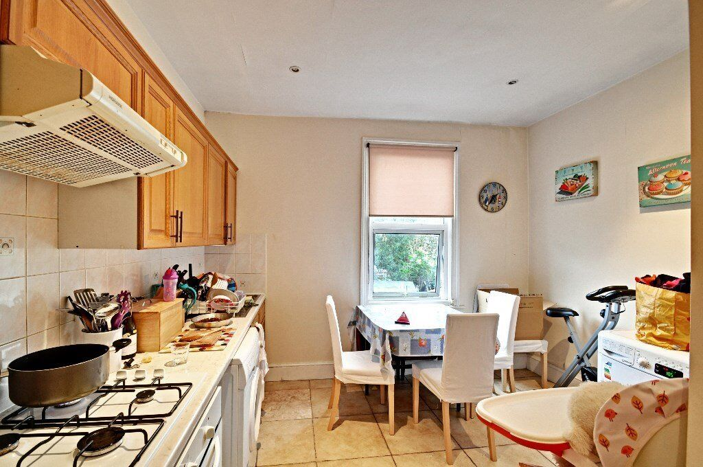 Spacious 1 bed, Chiswick, Very Large, **First Week Rent Free**