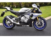 yamaha r1m,totally pristine condition 2000 dry miles.
