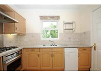 2 bedroom flat in Rewley Road, Central Oxford,
