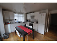 Stunning spacious new build two bedroom flat with a balcony minutes walk from wandsworth high street