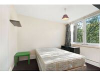 only 4 minutes by walk to Royal Oak/12 min Warwick Avenue .Big double room