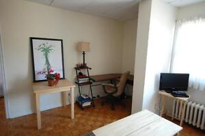 444RENT-Across from Dal- Beautiful 1 Bedroom Avail May/June!