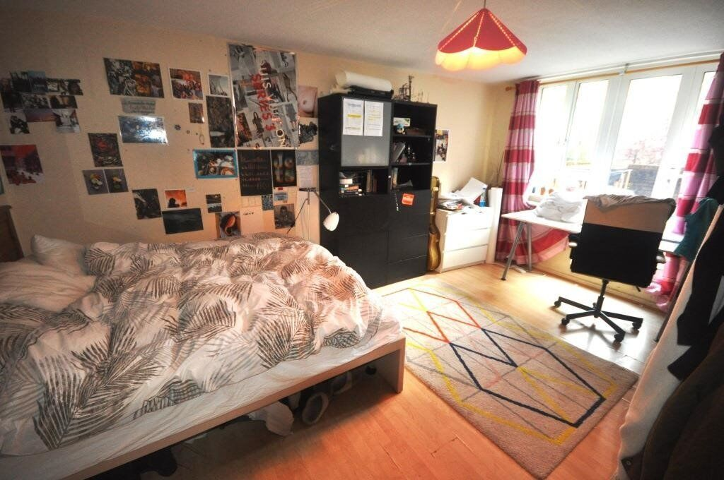 Modern & Large 5 Bedroom Apartment, Euston, Close to UCL/LSE, BILLS INCL - Available June 2017