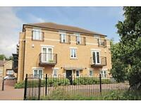 2 bedroom flat in McCabe Place, Harberton Heights, Headington