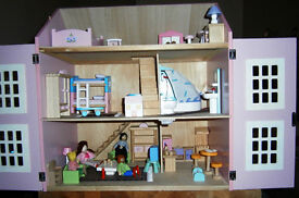 Pink Dolls House Full of Furniture,Carpets and People Pink