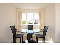 A one double bedroom top floor flat to rent in Kingston. Concord Court.