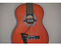 SPANISH CLASSICAL GUITAR, WITH PICK UP EXCELLENT CONDITION, FULL SIZE