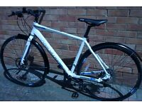 CBoardman Hybrid Comp Bike 49cm Shimano Hydraulic Brakes In New Condition 6 months Old