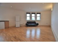 Brilliantly located 2 bedroom flat in Old St / Shoreditch EC1 E2
