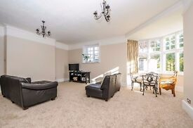 Amazing two bedroom apartment to rent on Park Hill in Bickley