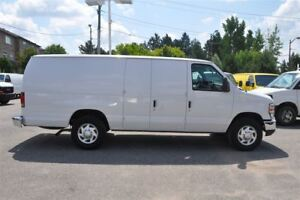 2013 Ford E-250 EXTENDED ONLY 67,000 KMS