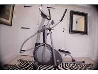 CROSS TRAINER- HORIZON FITNESS ANDES 500 ELITE ELLIPTICAL CROSS TRAINER