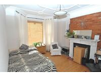 5 Bedroom Spacious Student House ,Polygon Area ,Southampton Very close to Uni and City.