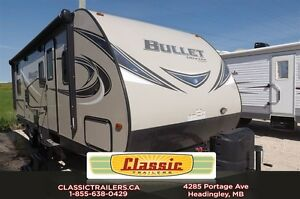 2017 Bullet 243BHS Double over double bunks. Outdoor Kitchen!