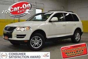 2010 Volkswagen Touareg 3.6L AWD LEATHER & SUNROOF