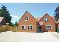 1 bedroom flat in Bursill Close, Sandhills , Headington