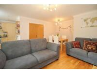 2 bedroom flat in Summer Heights, Summertown,