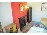 MANOR HOUSE /2-3 ZONE /SINGLE ROOM TO LET FOR ONE PERSON