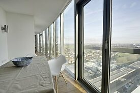 **UNBELIEVABLE 2 BEDROOM APARTMENT WITH VIEW OF LONDON SKYLINE. GYM. PARKING. CONCIERGE. CALL ASAP**