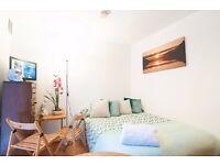 Outstanding studio with patio on Fairholme Road, West Kensington, £300 pw