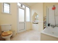 Spacious 2 Bedroom Apartment Northwold Road e5, IDEAL Location, with GARDEN