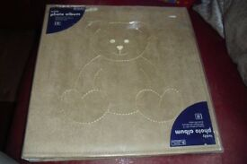 BRAND NEW LARGE BEIGE PHOTO ALBUM WITH TEDDY PRINT ON THE FRONT