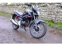 Honda CB125F learner-legal motorcycle - immaculate, only 42 miles!