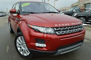 2014 Land Rover Range Rover Evoque Pure Plus| Pano Roof| Nav| He